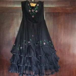Betsy Johnson Evening dress gown